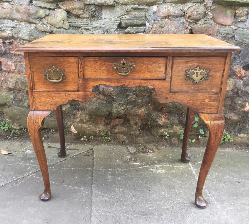 c18th light oak lowboy small proportions