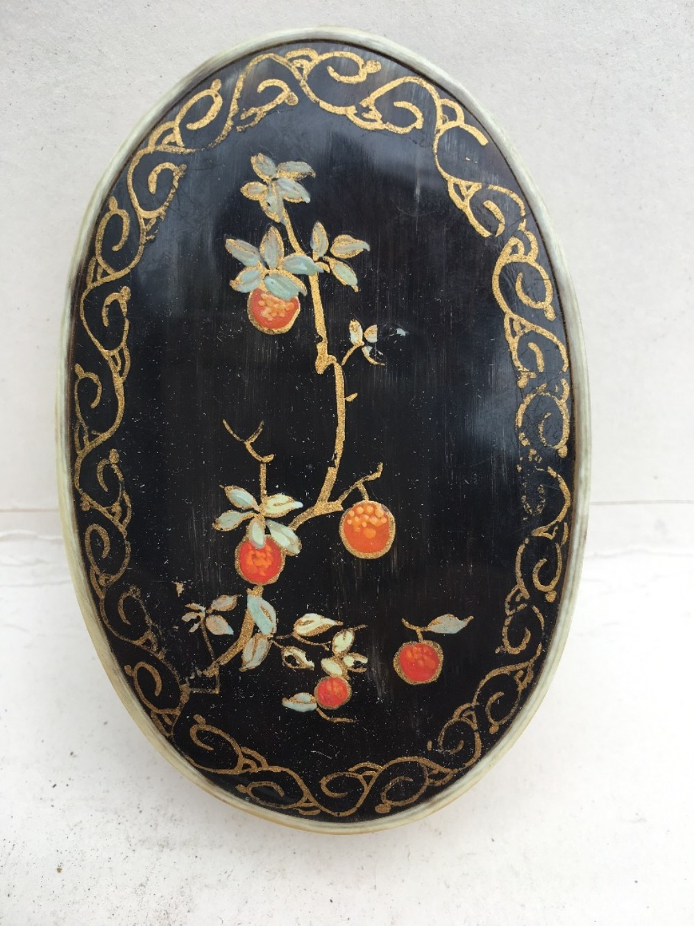 c19th horn oval painted box