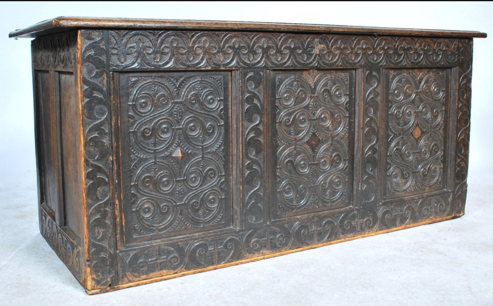 c17th oak west country coffer