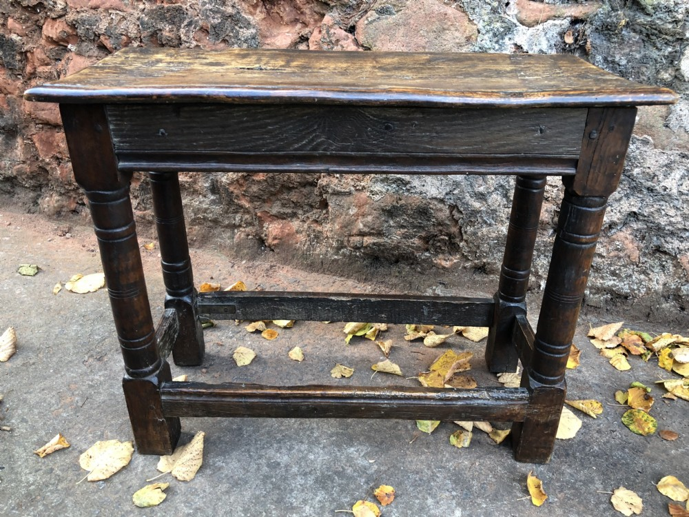 late c17th joint stool